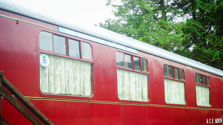 Glenfinnan Sleeping Car von außen