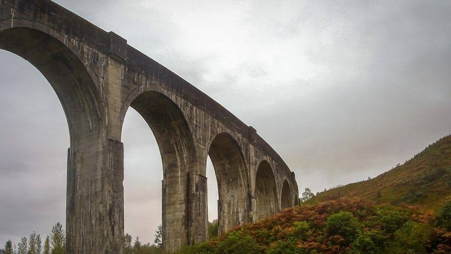Glenfinnan Viadukt unten