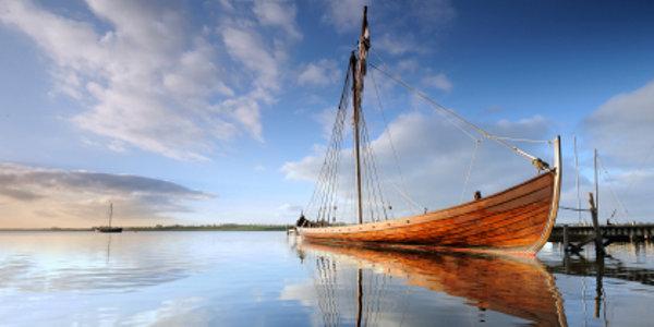 Wikinger Langboot, © Chrstiankeller / iStock