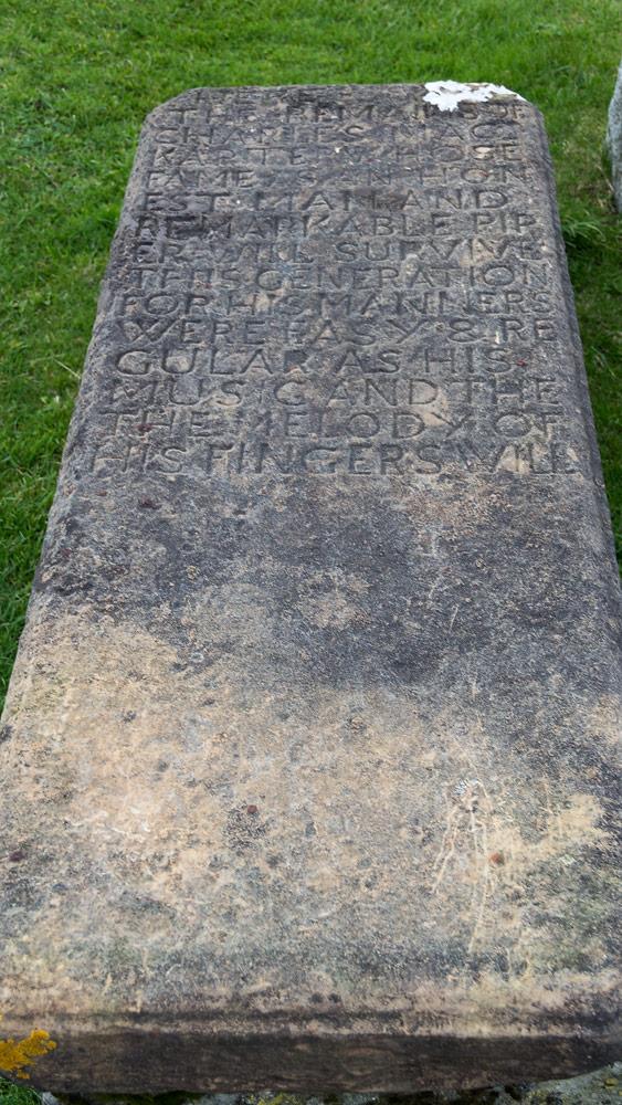 Unvollendete Grabplatte