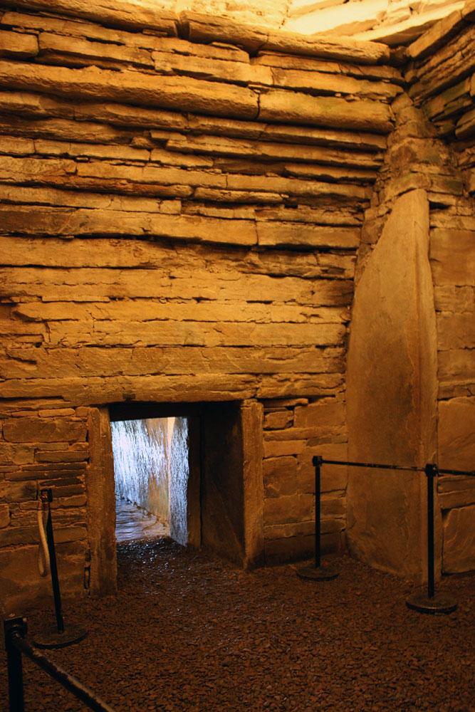 Die Höhe der Kammer in Maes Howe (copyright reserved/Rechte vorbehalten)