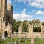 Elgin-Cathedral-Seite