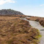 Der Weg auf den Hügel von Barpa Langais
