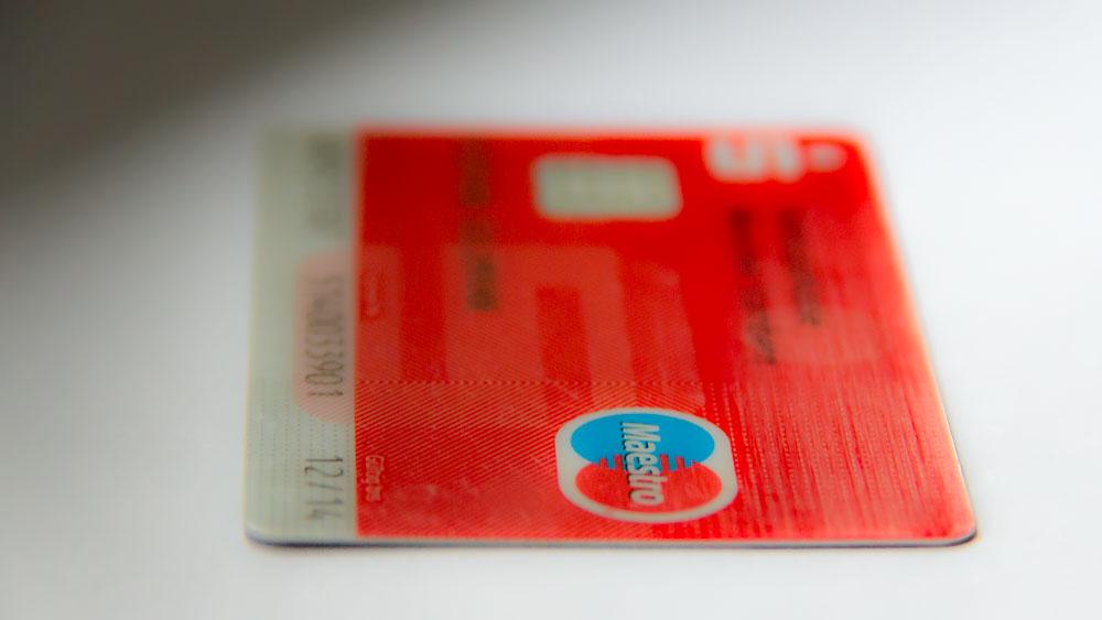 geld abheben mastercard richtig lecken