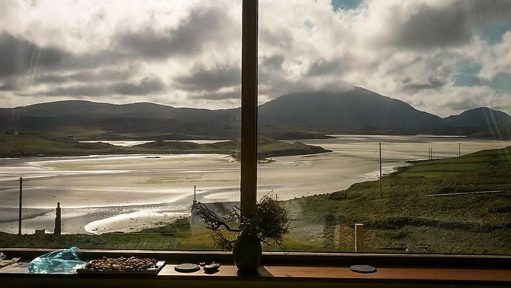 Blick aus dem fenster meer  Suainaval B&B - das Fenster zum Meer