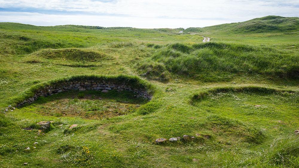 Überreste der Cladh Hallan Häuser