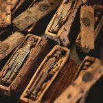 Fairy Coffins schräg