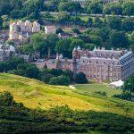 Holyrood Palace vom Arthur's Seat