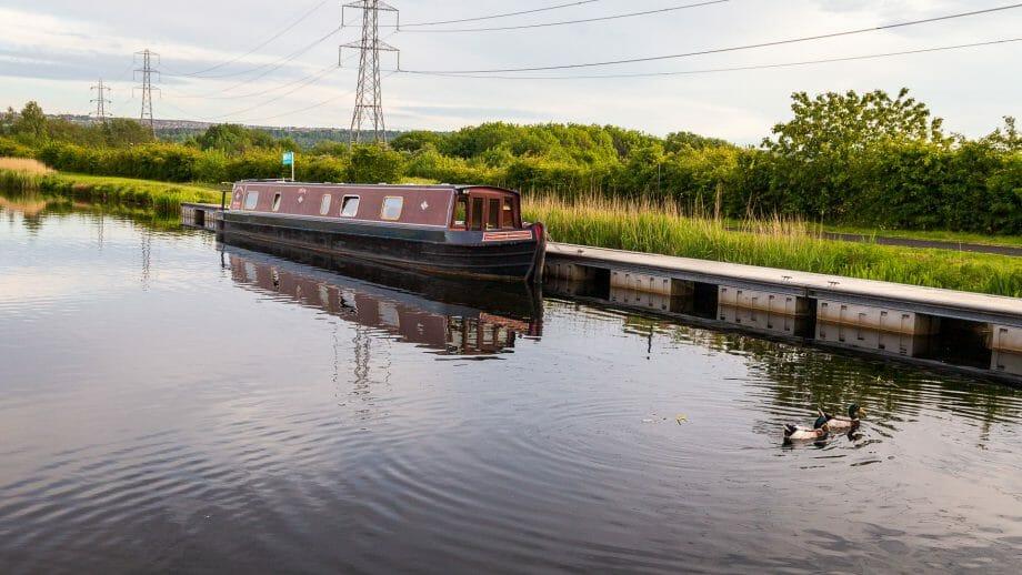 Boot-im-Kanal-Falkirk