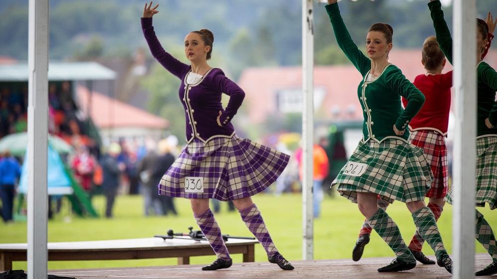 Anmutiger Highland-Dance
