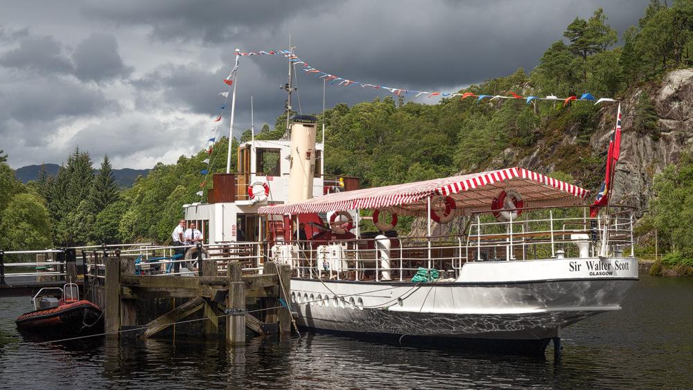 SS Sir Walter Scott am Steg
