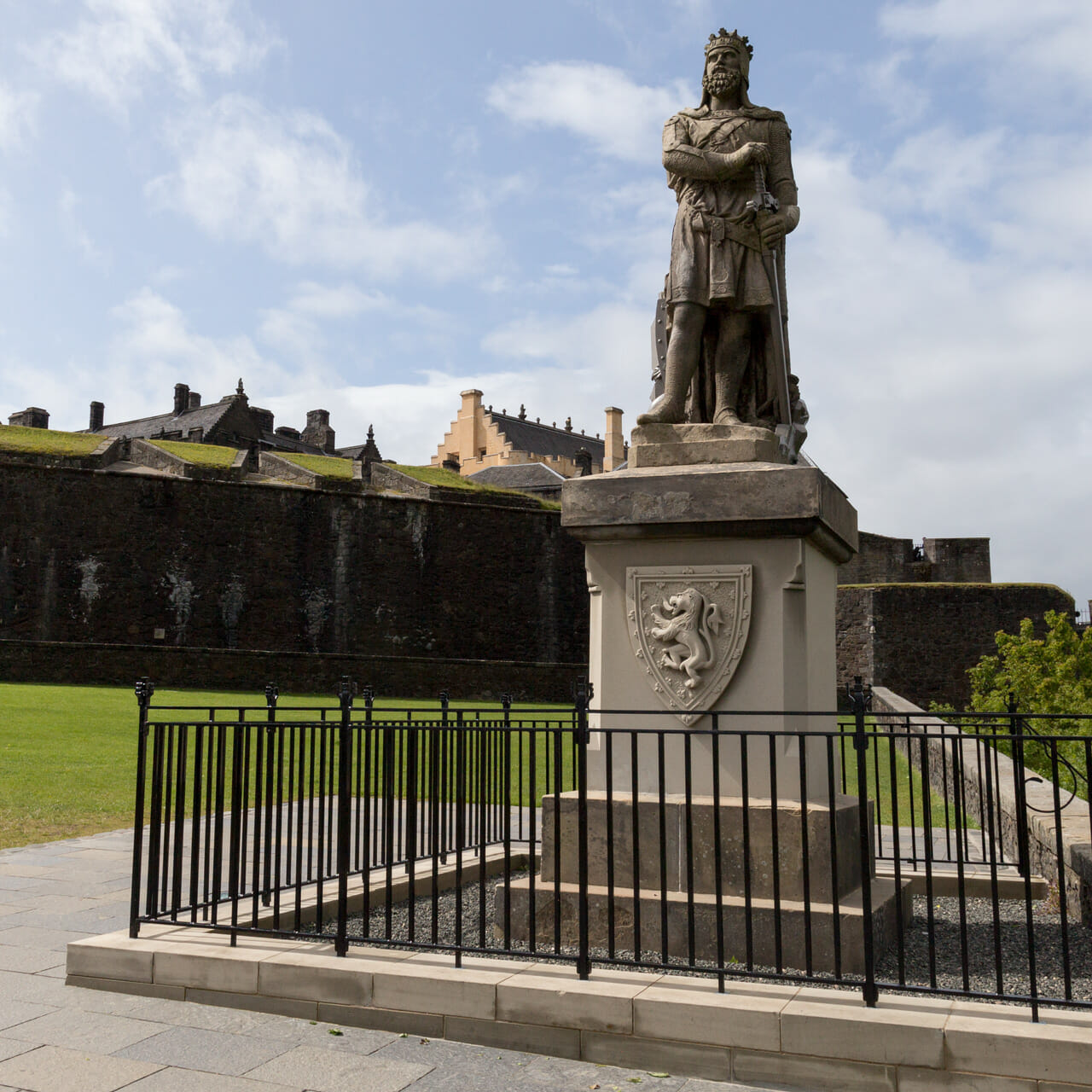 Robert The Bruce Denkmal vor Stirling Castle