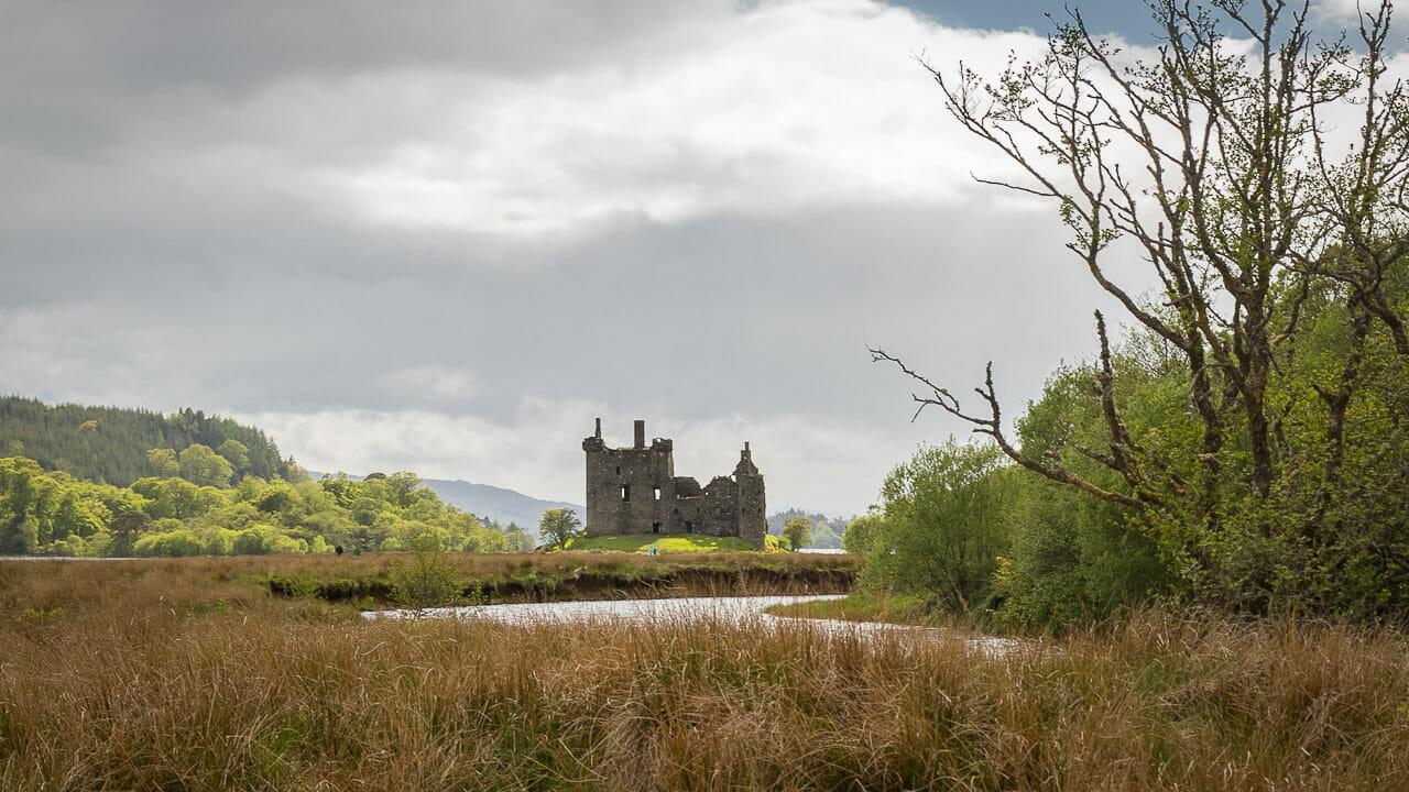 Kilchurn Castle in der Ferne