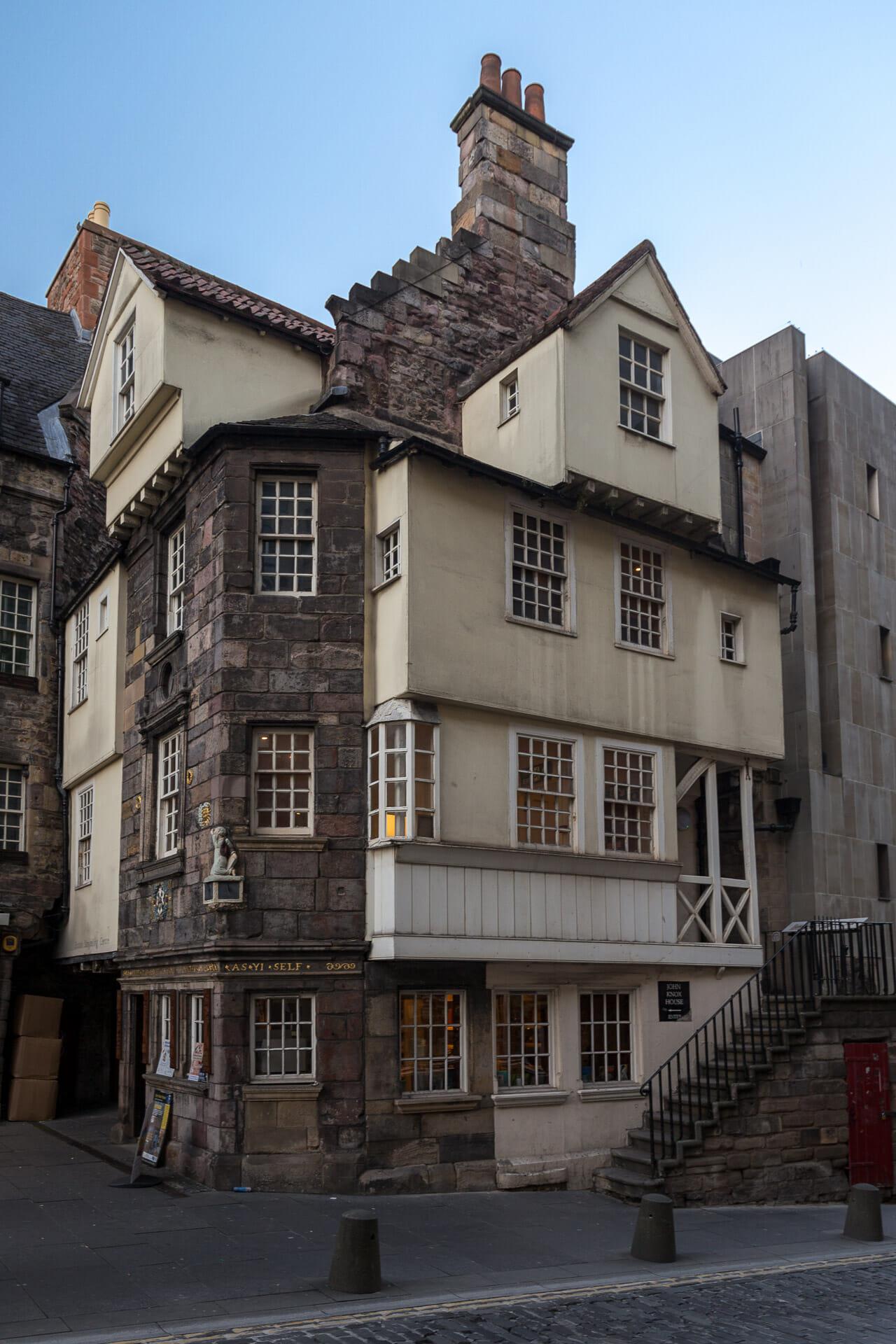 Edinburgh: Die schönsten Sehenswürdigkeiten und viele weitere Infos