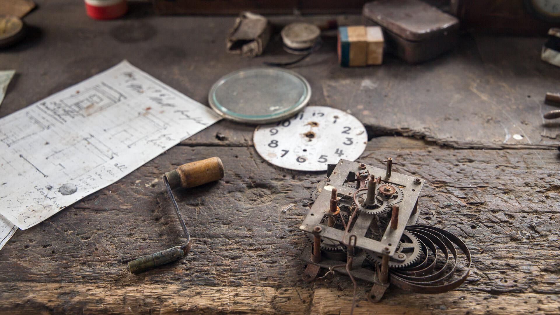 Werkbank des Uhrmachers