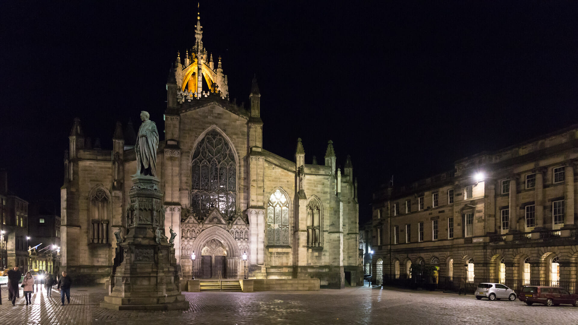 St Giles' Cathedral bei Nacht