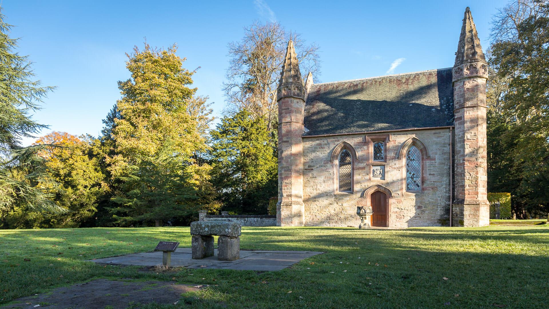 Die Kapelle auf dem Moot Hill