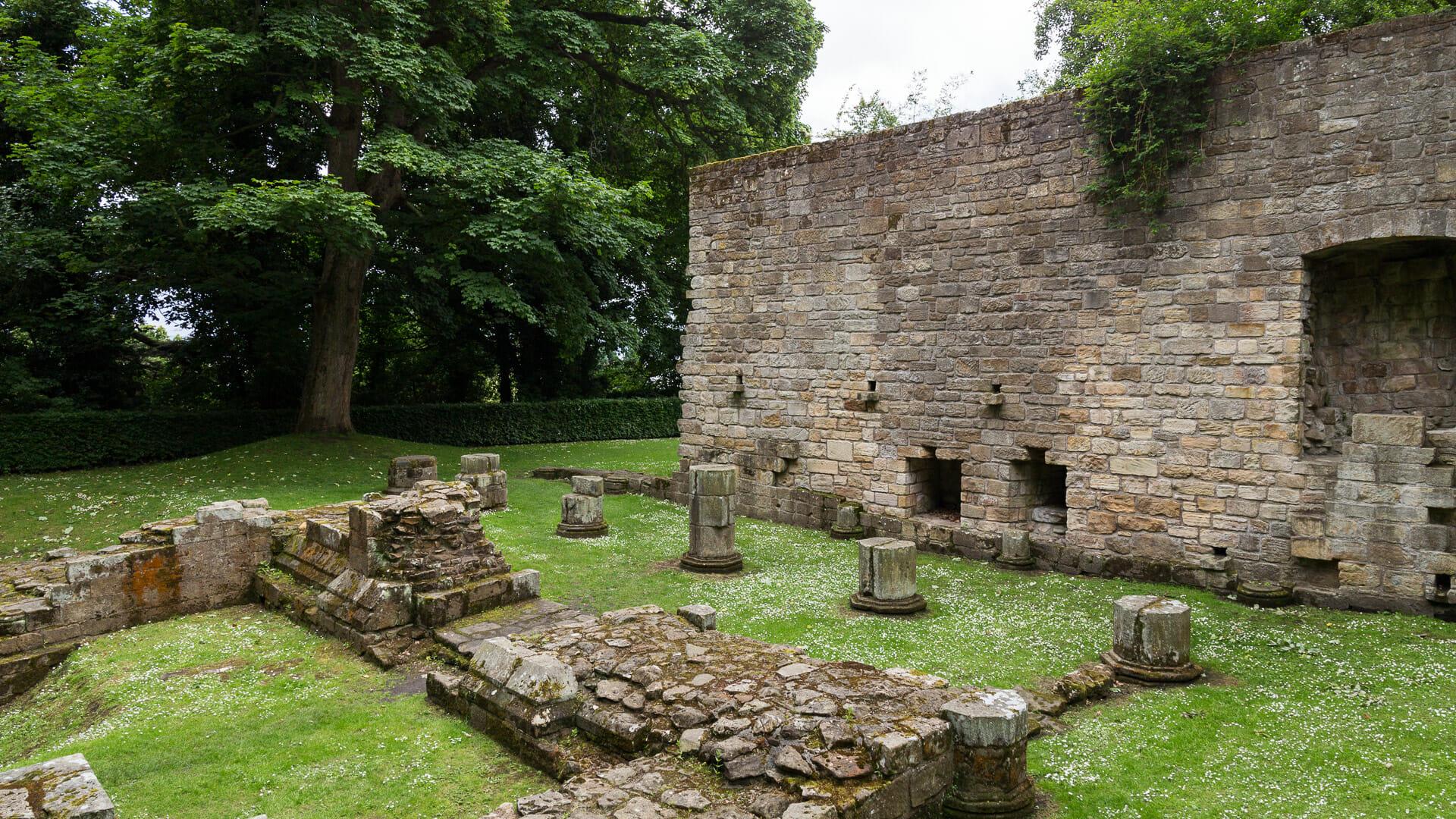 Ruinen bei der Culross Abbey