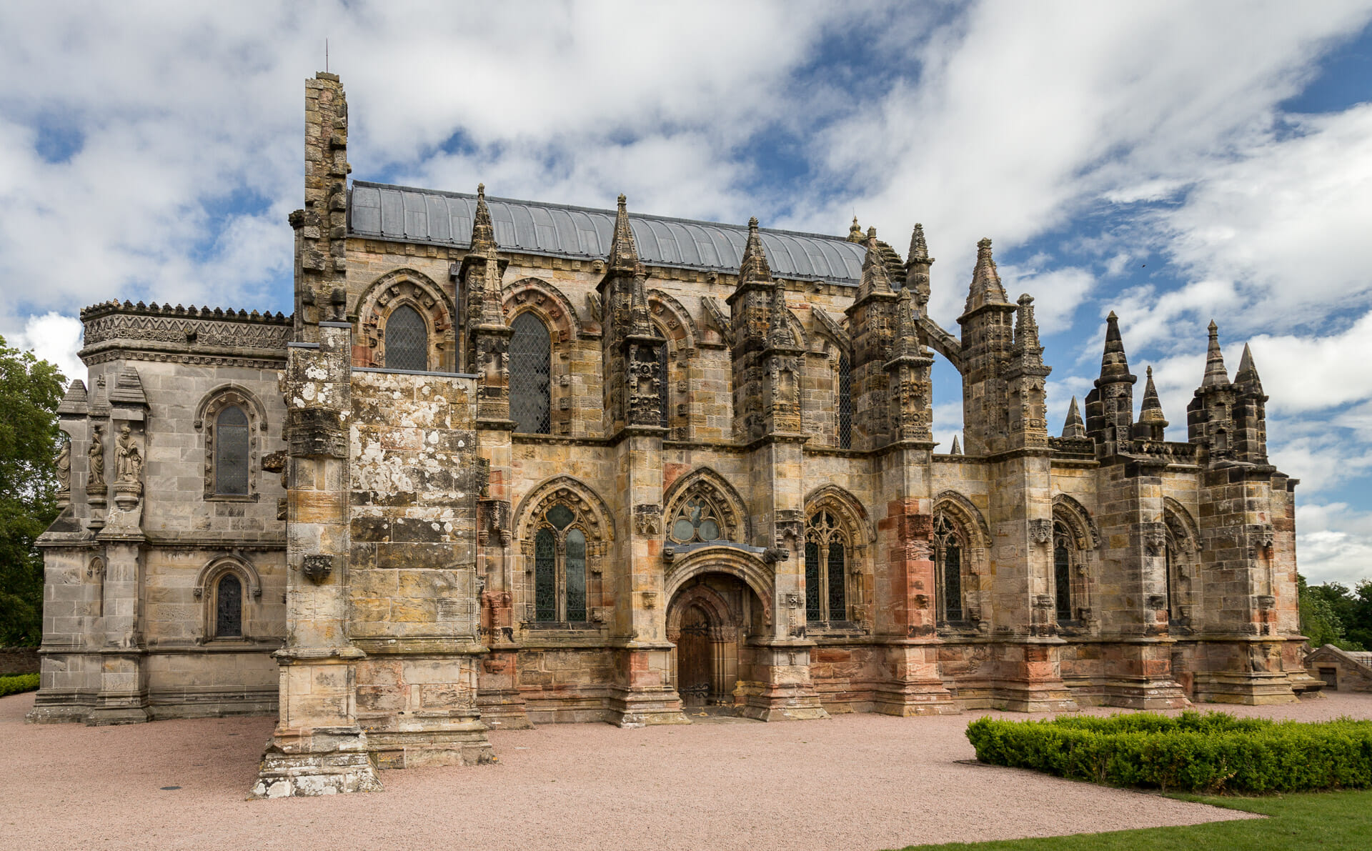 rosslyn chapel beautiful landscapes scotland