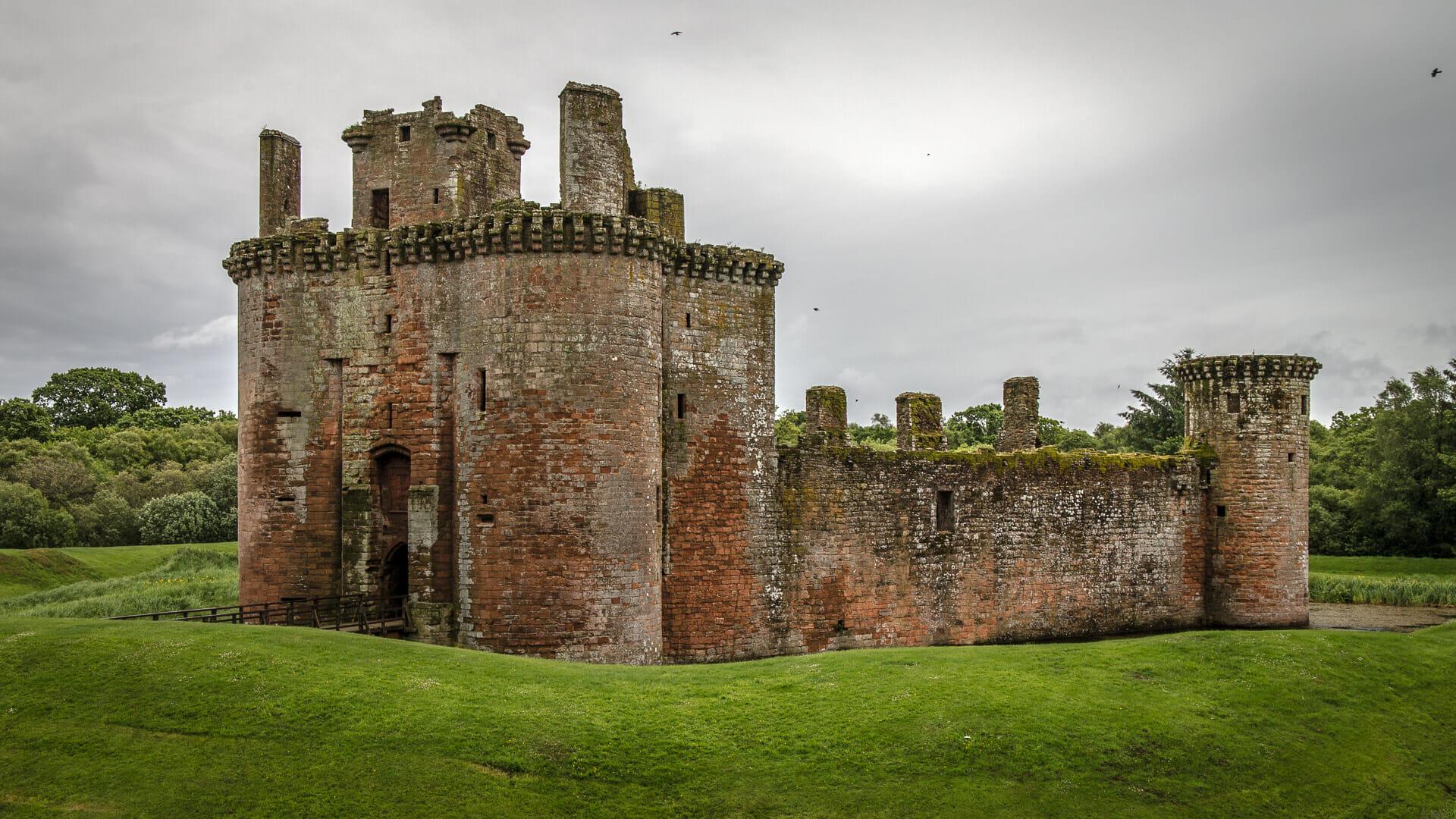 Seite der Burg