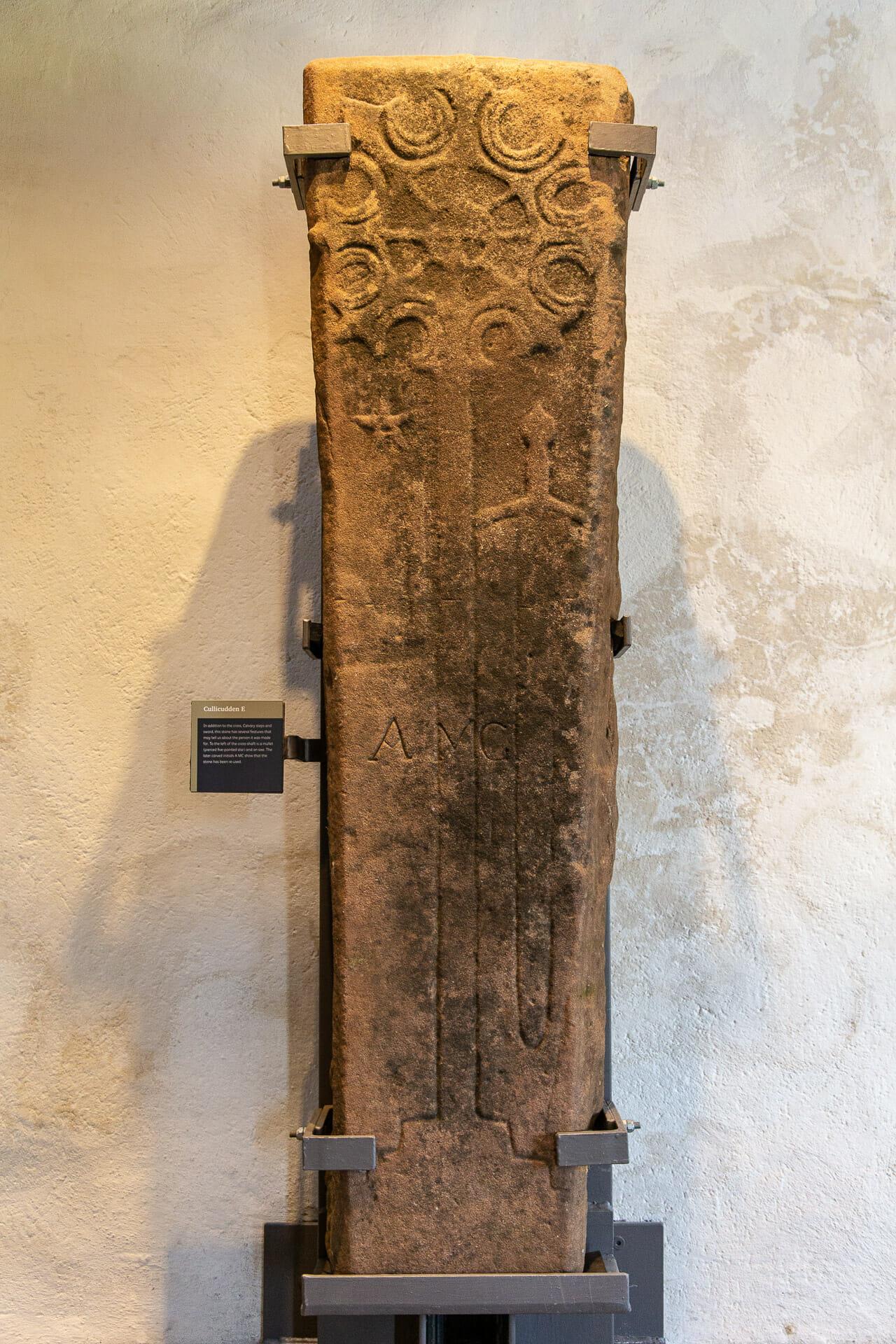 Ausstellung von mittelalterlichen Grabsteinen
