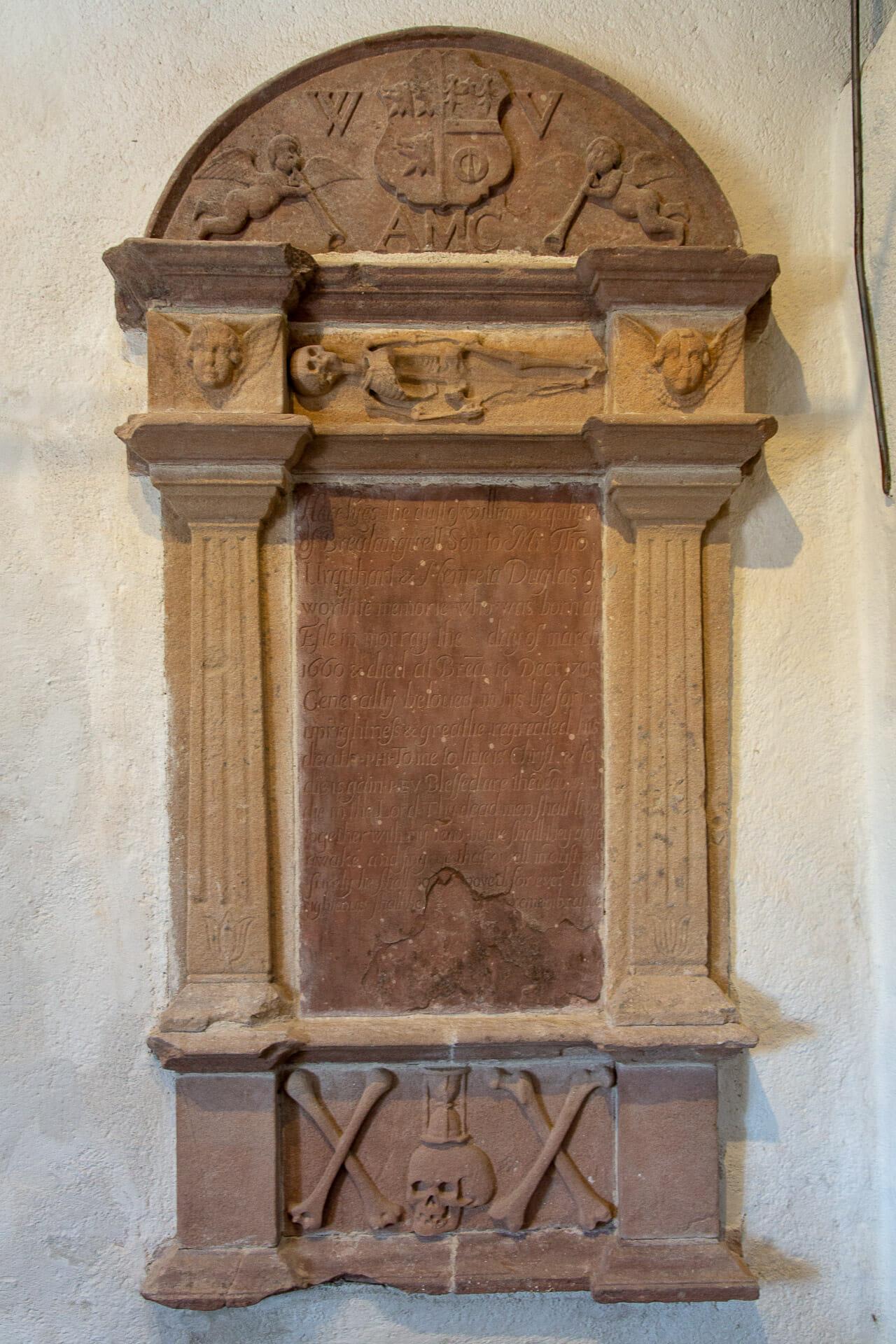 Grabmal nach der Reformation mit Totensymbolik