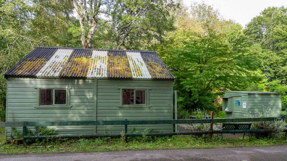 Das Info- und Kassenhäuschen der Achamore Gardens