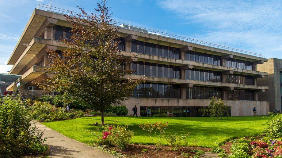 Die Bibliothek von St Andrews University