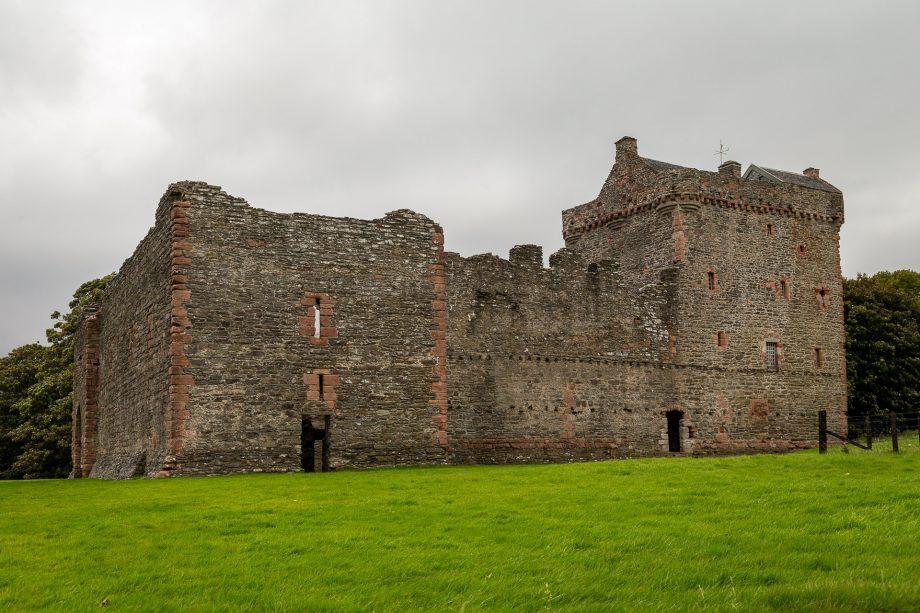 Skipness Castle von der Seite