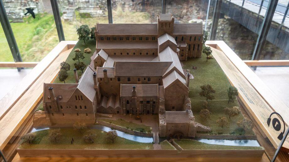 Wie Jedburgh Abbey einst ausgesehen hat
