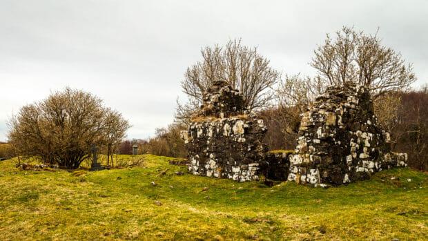 Ruine einer Kapelle auf der Eilean Chaluim Cille